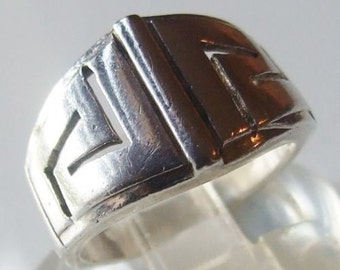 Vintage 925 Sterling Silver Large Geometric Design Ring Size 7 1/2 - O 1/2