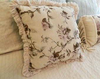 """Tapestry Print Chenille pillow 17"""""""
