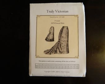 TV225: Truly Victorian Ladies 1878 Fantail Skirt Pattern