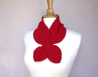 Bright Red Ascot Scarf, Pull Through Keyhole, Merino Wool, Baby  Alpaca, Silk, Small Neck Scarf, Hand Knit Neck Warmer