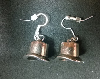 Steampunk Top Hat Earrings - Silver Findings - Steampunk - Fantasy