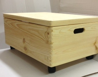 Large Unpainted Wooden Chest Box With Castors And Lid/ Trunk Storage  Unfinished Toy Box 60x