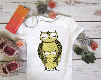 cute baby Onesie®, owl baby clothing, owl baby gift, owl design , owl mom and baby shower gift, baby neutral, cute baby gift,