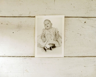 Baby picture, old photo, black and white photo, baby photo, old photography, baby girl, black and white, monochrome, vintage photography