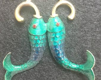 Vintage Hobé enameled fish necklace