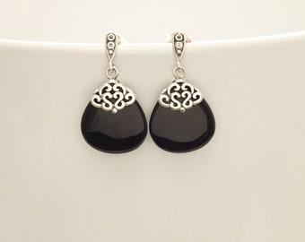 Onyx Silver Earrings - Sterling Silver - Black - Onyx Gemstone - Dangle Earrings - Filigree Earrings - shabby chic earrings - Post Earrings