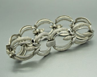 Trifari Brushed Silver Link Bracelet Designer Jewelry Fashion Jewelry