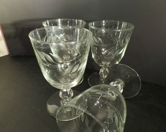 Delicate Etched Wine Glasses Set of 4