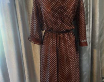 Mocha brown It's A Lehigh vintage long sleeved dress