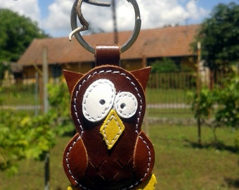 Cute little brown owl keychain - FREE Shipping Wordlwide - Handmade Leather Owl Bag Charm