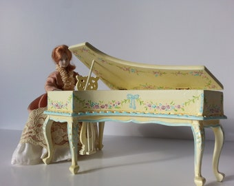 1/12 Scale Hand Painted Miniature Baby Grand Piano Dollhouse Musical Instrument