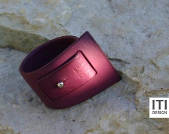 Bold and Elegant Jewelry- Hand Crafted Leather Bracelet- Feminine and Stylish Look- For Her