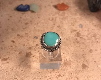Vintage Navajo Turquoise & Sterling Silver Ring Size 4