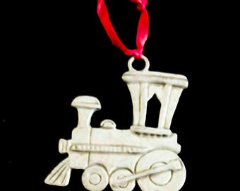 Seagull Pewter Canada Locomotive Train Ornament