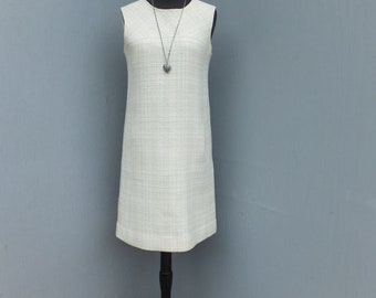 Vintage 1970s Wool Shift Style Dress, Front Pockets, Preppy, Academia, School Dress, Pale Yellow