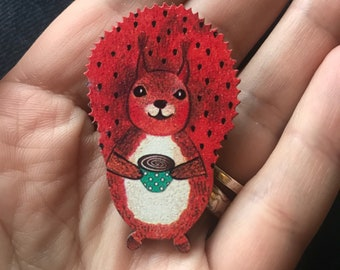Squirrel present, squirrelgift,squirrel jewelry, squirrel pin, squirrel brooch, red squirrel