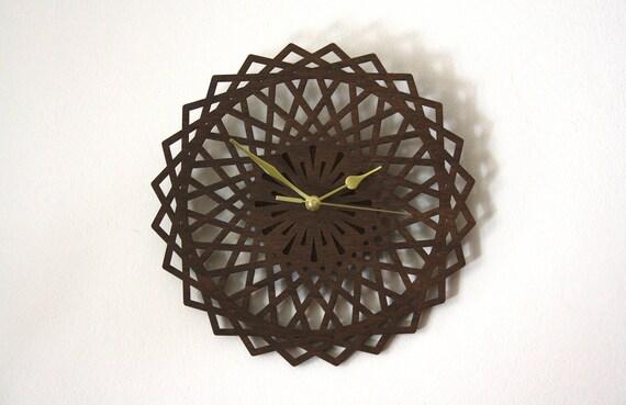 Horloge murale pendule en bois marron design géométrique décoration dinterieur naturelle cadeau de noël forme fleur rosace orientale