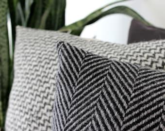 Black and gray throw pillow in herringbone weave, luxury Italian wool pillow, designer pillow cover, modern pillow, herringbone cushion