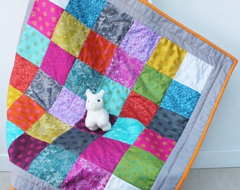 rainbow baby quilt patchwork play mat cot tummy time mat nursery decor toddler blanket alison glass cotton fabric big stitch quilting