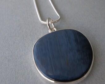 circular pendant - pietersite