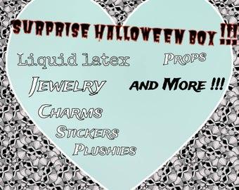 Surprise Halloween Box !!!