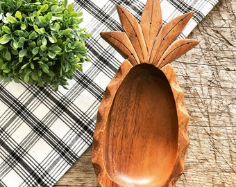 Wooden Pineapple Bowl