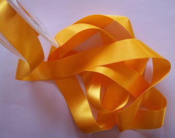 5 meters of satin ribbon double sided, Buttercup yellow, width 25mm (S31)
