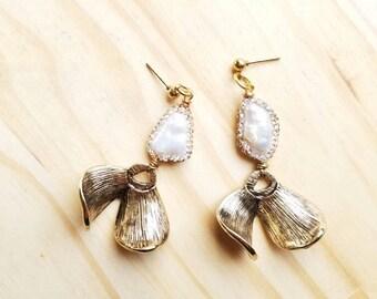 Modern Pearl Drop Statement Earrings - Rhinestone Encrusted  Freshwater Architectural  Statement Jewelry Wedding Minimalist Bohemian Glam