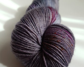 Skein of superwash Merino Wool / Nylon - hand - dyed Fingering / Sock - sensational colors