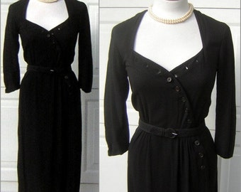 Sexy Black Dress Vintage 40s Curvy Hourglass Novelty Buttonhole Details & Incredible Neckline - Small