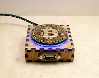 Bitcoin / BTC / Crypto - USB Extension Cable - Steampunk Wooden Box - USB 2.0 - Braided Cable - Blue Illumination