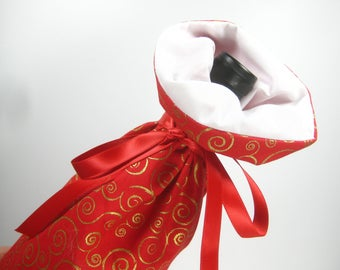 Gold Swirls on Red, Class Wrap Wine Gift Bag