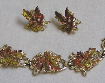 Bracelet and Matching Earrings Demi Parure Autumn Oak Leaf Links / Screwback Earrings / Brown and Yellow Leaves