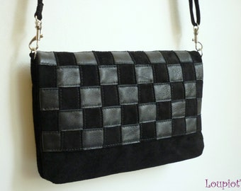 Small shoulder bag in black suede and black smooth leather