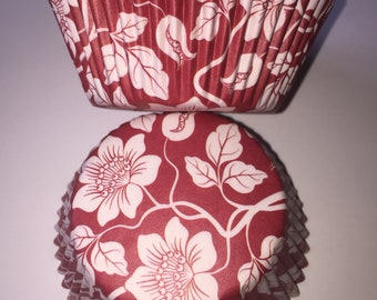 Red and White Floral Vintage Style Cupcake Cases