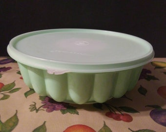 Vintage Tupperware Jello Mold Gelatin Mold Ice Ring Fruit Mold Dessert Server Plastic Green Bowl