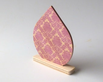 Objectify Reuseable Natural Air Freshener Disc - Damask Pattern