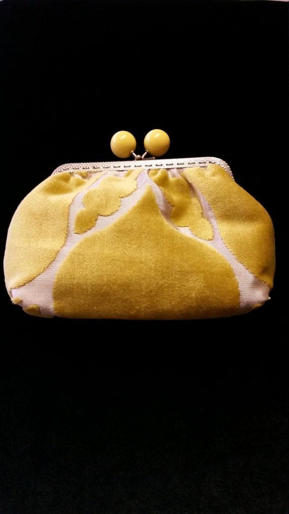 L508.  Clutch bag in flock fabric