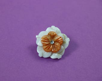 Mother of Pearl pin