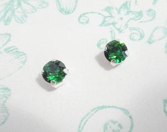 Earrings vintage green drops