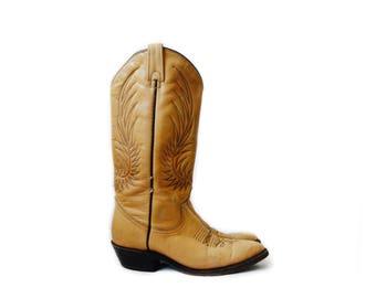 Vintage tan leather cowboy boots, size 5 1/2