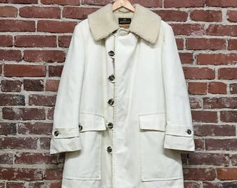 Vintage Seventies 1970s Men's White Canvas and Shearling Coat Size Large
