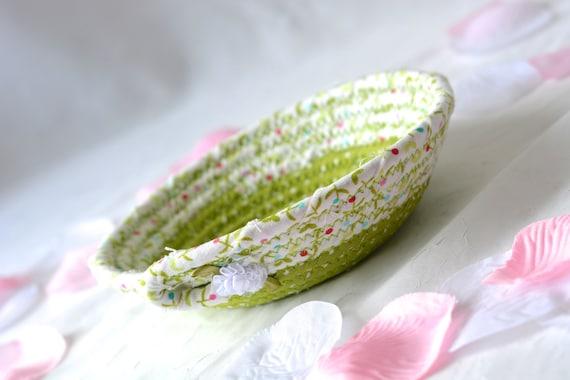 Mother's Day Gift Basket, Handmade Candy Dish Bowl, Handmade Key Basket, Ring Dish Holder, Green Desk Accessory, Picnic Basket