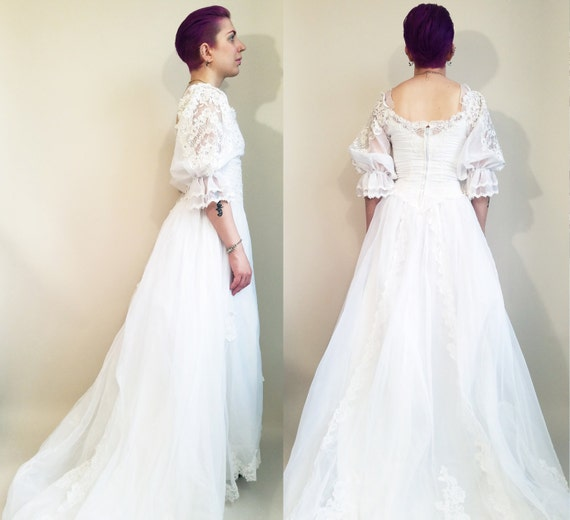 80s wedding dress vintage wedding dress 80s victorian princess 80s wedding dress vintage wedding dress 80s victorian princess wedding dress size 4 long train lace 80s bridal gown vintage bridal gown junglespirit Image collections