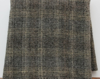 Dobbin House: Fat Quarter Yard, Felted Wool Fabric for Rug Hooking, Wool Applique & Crafts