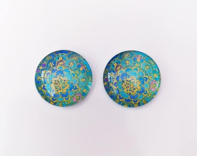 The 'Liana' Glass Earring Studs