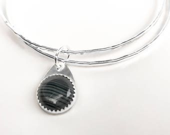 Striped Black Onyx and Sterling Silver Bangles - Hammered Silver Bangle Set with Sardonyx Sliding Charm - Sterling Silver Double Bangle