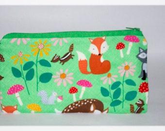 Pencil Case, Fox Fabric, Wildlife Gift, Pencil Case, Woodland Purse, Green Pencil Case, Zipper Pencil Case, Gift for Kids, Handmade Purse