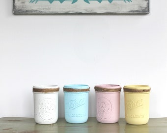 Hand Painted Mason Jars, Pint Jars, Decorative Jars, Distressed, Farmhouse decor, Rustic decor