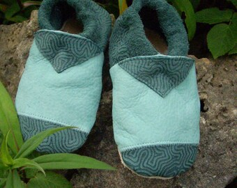 Leather slippers mint/petrol unique